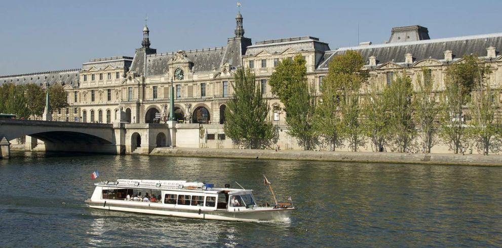 Crucero por el río Sena en París con almuerzo