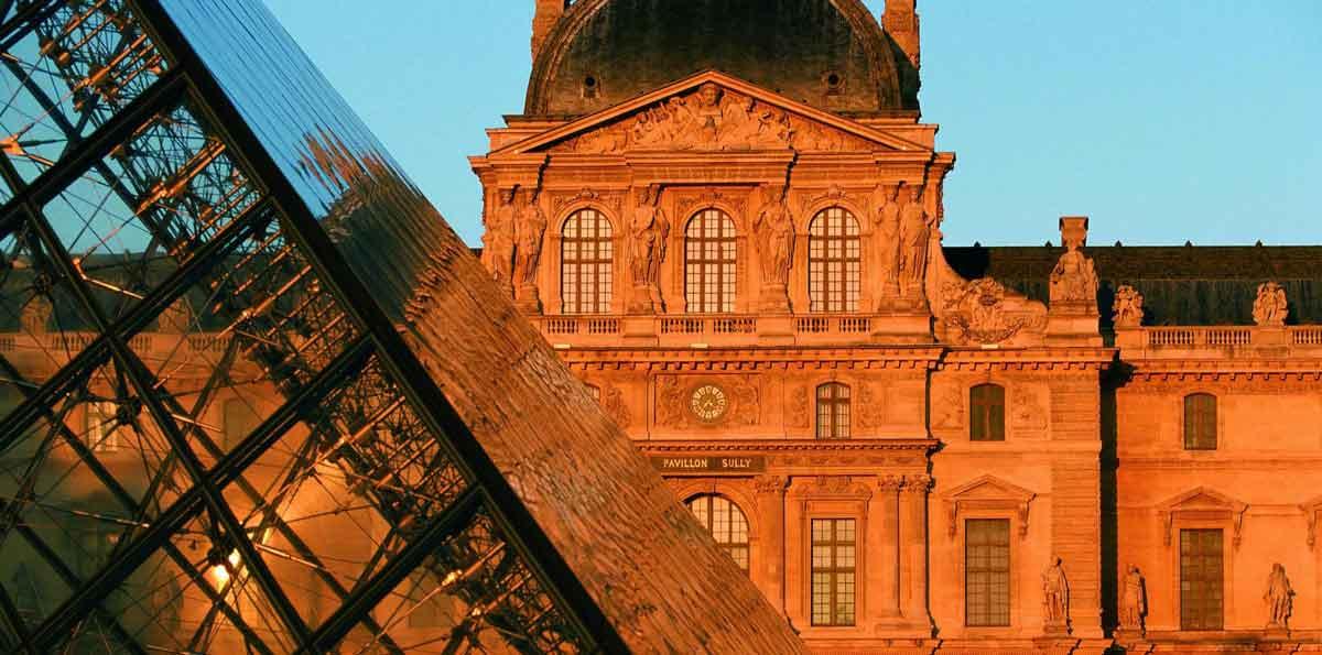 Visita guiada al Museo del Louvre con entrada incluida