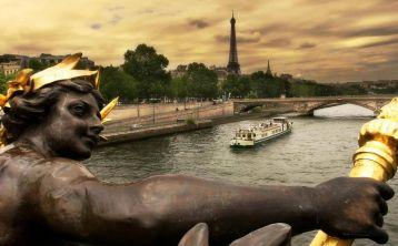 Paris City Tour, Eiffel Tower Ticket & Seine River Cruise