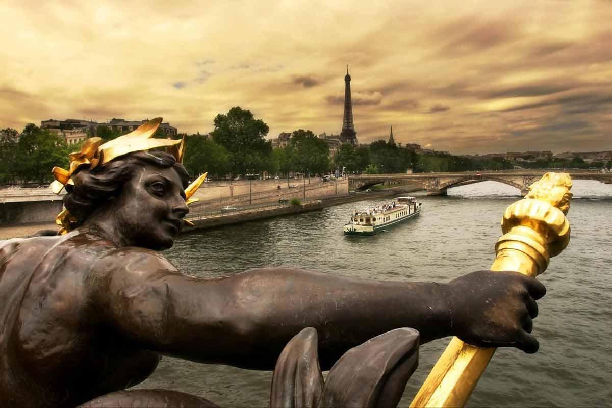 Tour por París + Paseo en barco por el Sena
