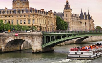 Tour por París \+ Paseo en barco por el Sena