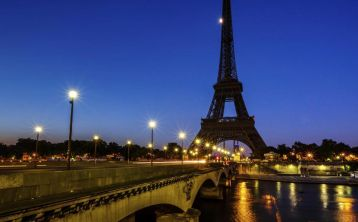 Paris Night Tour and Moulin Rouge Cabaret