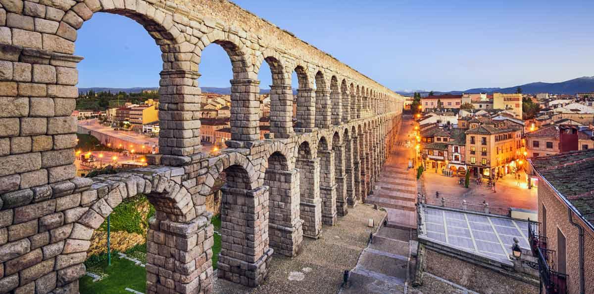 Visita guiada en Segovia: Acueducto, Catedral y Alcázar