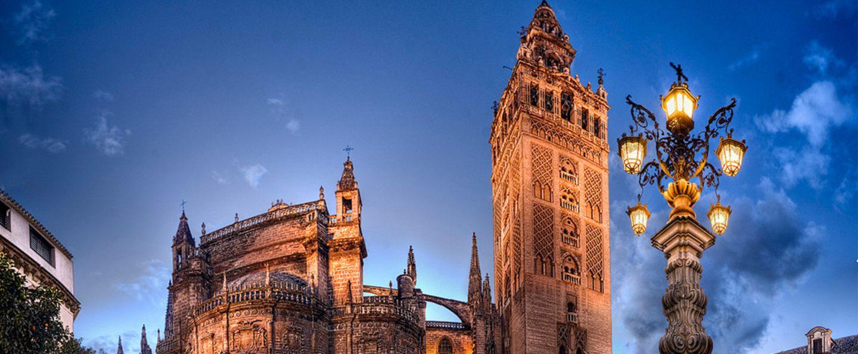 Tour nocturno por Sevilla Encantada