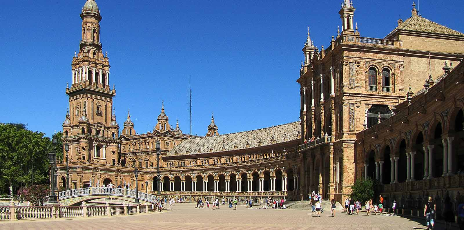 Visita guiada por Plaza de España y Parque de María Luisa