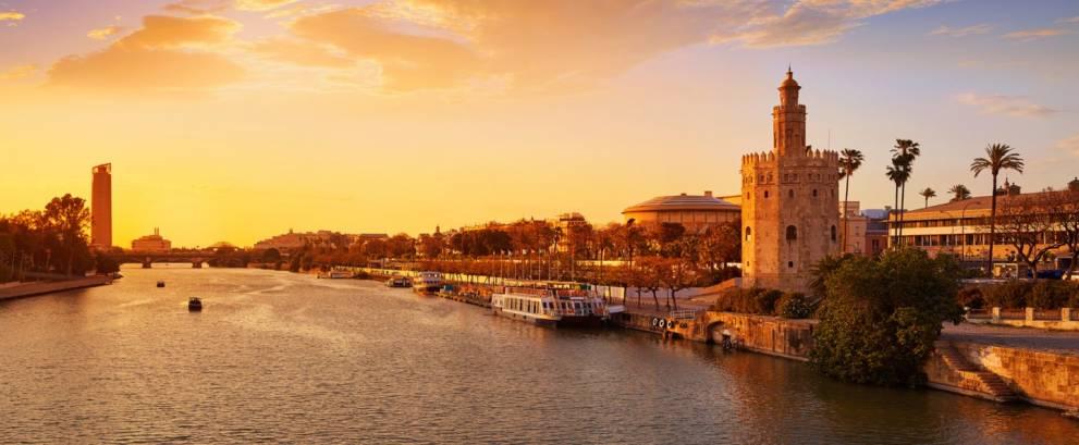 Tour guiado en Sevilla con paseo en barco